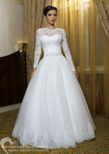 4dc46bce5f5 PŮJČOVNA - dámské svatební šaty